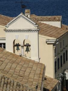 Clopote în Keykyra, Insula Corfu. Foto: Calin Hera