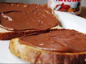 Ciocolată pe pâine
