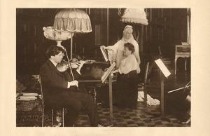 George Enescu la vioară