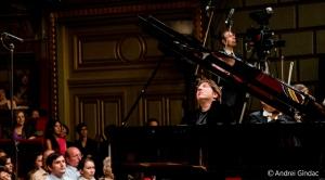 Fazil Say în concert la Ateneul Român, cu Lucerne Symphony Orchestra. FOTO Andrei Gîndac
