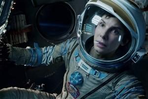 Sandra Bullock în Gravity, nominalizată la Premiul Oscar pentru cea mai bună actriţă în rol principal