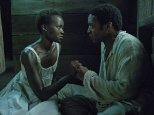 Lupita Nyong'o şi Chiwetel Ejiofor în 12 ani de sclavie (12 Yearsof Slave)