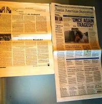 Un ziar vertical: Austin American Statesman. Aici, pus lângă un format clasic din România: revista Dilema Veche. Foto cu telefonul: Călin Hera