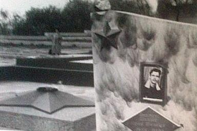 """Focul viu, locul sacru din centrul oraşului Tiraspol unde erau îngropaţi """"eroii"""". Foto: Sorin Stanciu / Revista NU"""