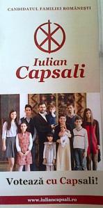 Fluturaş Iulian Capsali, bărbatul cu barbă, partea cu cei nouă copii. Foto cu telefonul: Călin Hera