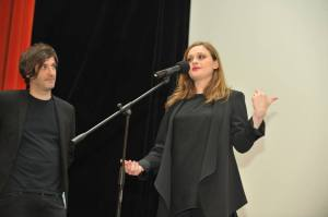 Alexandros Avrans şi Eleni Roussinou în timpul discuţiei cu publicul de la Cinema Studio