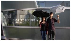 Chloe Cheuk şi Kenny Wong din Hong Kong, fotografiaţi la Linz
