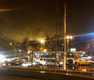 Vedere din Bucureşti. Cer galben între Sectorul 2 şi Sectorul 3. Foto (cu telefonul): Călin Hera