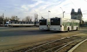 Vedere din Bucureşti. La capătul lumii - Staţia RATB CFR Progresul. Foto cu telefonul: Călin Hera