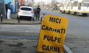 """Vedere din Bucureşto. poftiţi la masă în apropiere de staţia RATB """"CFR Progresul"""". Foto cu telefonul: Călin Hera"""