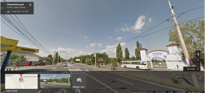 Vedere din Ploieşti. Hipodromul de-a dreapta, benzinăria de-a stânga şoselei. Sursa: Google Street View