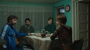 """Secvență din filmul """"Acasă la tata"""" (r. Andrei Cohn, 2015), care va deschide Festivalul Filmului European. Sursa: ffe.ro"""