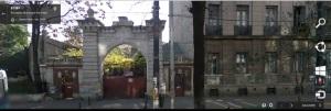 Vedere din București. Poarta de pe Kogălniceanu 23 văzută de Google în vara lui 2008