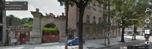 Vedere din București. Poarta de pe Kogălniceanu 23 văzută de Google în vara lui 2014
