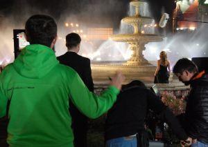 Imagini de la filmările pentru spotul FFE, cu Tudor Gourgiu și Manuela Hărăbor. Sursa: facebook/ffe.ro