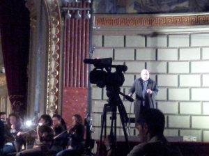 Vedere din București. Eric Halfvarson (Gurnemanz), , repetiția finală Parsifal, Ateneul Român. Foto cu telefonul: Călin Hera