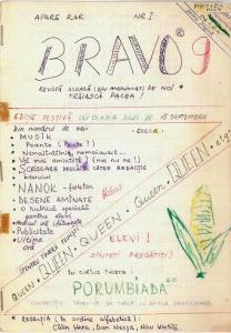 Revista școală Bravo 9, scrisă cu mâna. Sursa: arhiva personală