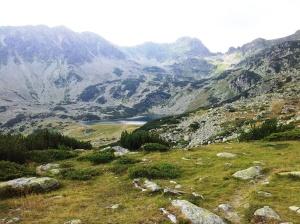 Munții Retezat. Lacul Ana văzut de lângă Bucura. Foto cu telefonul: Călin Hera