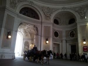 Trăsură cu cai în Viena. Fot cu telefonul: Călin Hera (mfc)