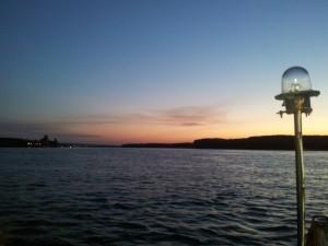 Apus de soare pe Dunăre, la Călărași. Foto cu telefonul: Călin Hera