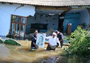 Vedere de la inundații. Fără cuvinte cu tabloul lui Eminescu. Sursa: facebook/igsu