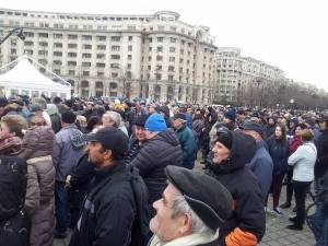 Oameni la mitingul Antenelor. Foto: Călin Hera