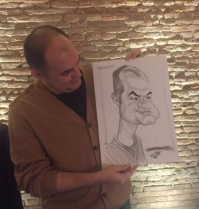 Te-ntrebi care sunt eu, care caricatura. Foto: Mădălina Barbărasă