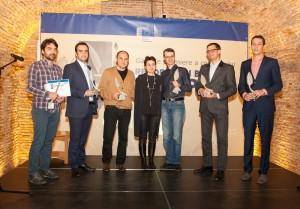 Angela Filote în mijlocul unu grup de jurnaliști și blogger european