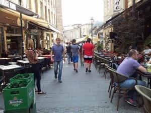 Vedere din București. Terasele în așteptarea mușteriilor microbiști. Începe Euro 2016. Foto: Calin Hera